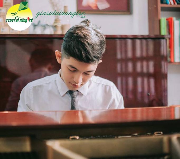 giao vien day piano guitar